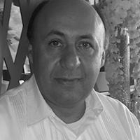 Héctor Benítez